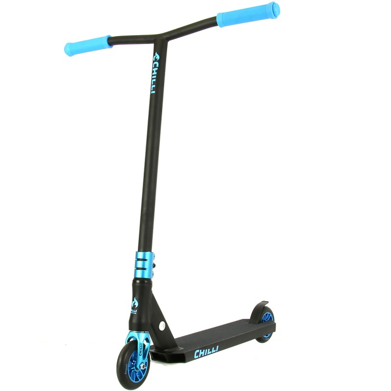 Chilli Wave Reaper Scooter - Black / Blue
