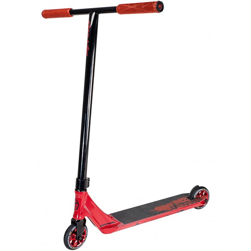 Addict Defender Scooter - Red / Black